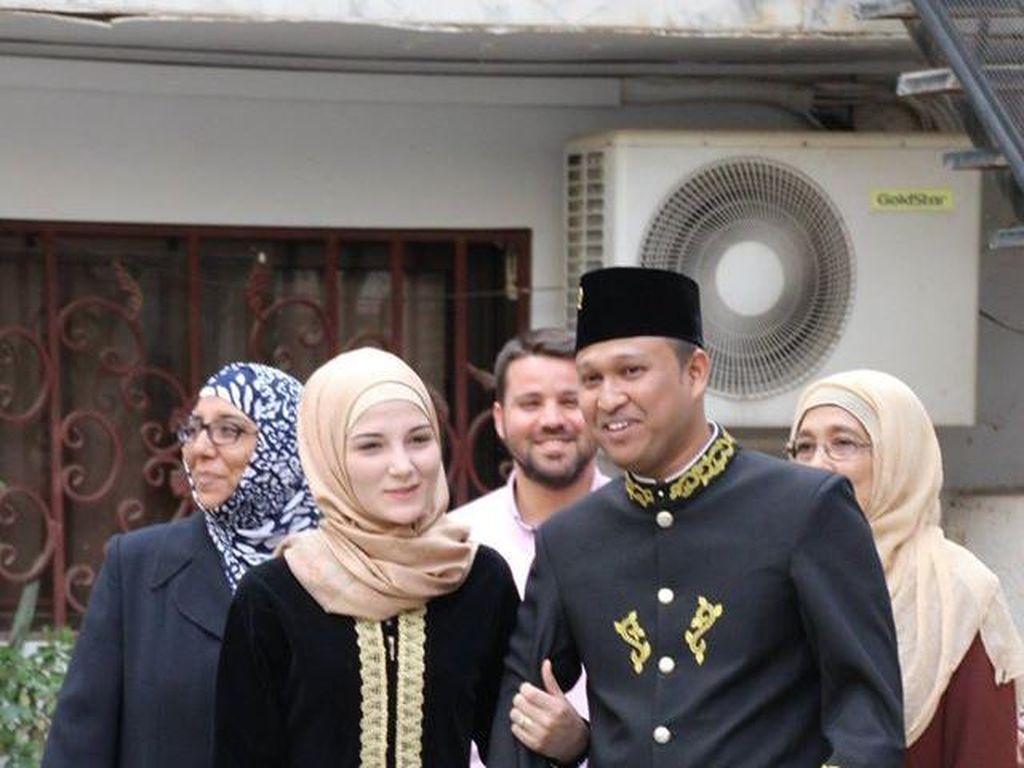 Promosi Indonesia di Tengah Pernikahan Syahdu Staf KBRI dan Gadis Suriah