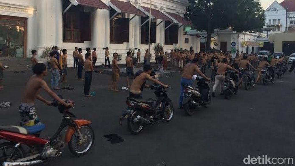 Ricuh Lagi di Akses Suramadu, 88 Orang Diciduk Polrestabes Surabaya