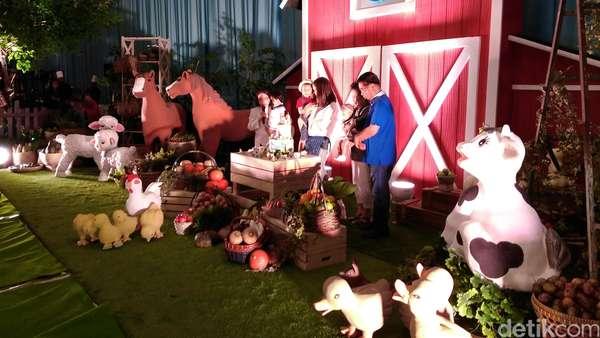 Cathy Sharon bak Orangtua Tunggal di Pesta Ulang Tahun Anak