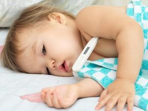 Pijatan Bawang Merah Ampuh Redakan Demam Anak, Benar Tidak Ya?