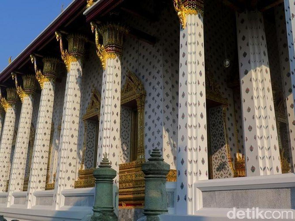 Kuil Wat Pho Thailand Tak Izinkan Turis Asing Berkunjung