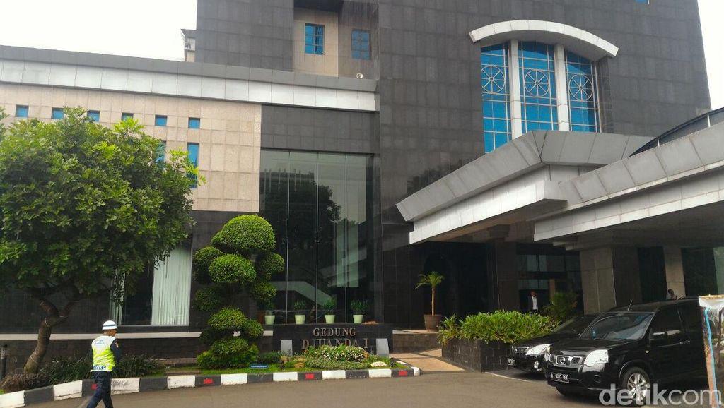 Ikut Rapat Pansel OJK, Darmin dan Agus Tiba di Kantor Sri Mulyani