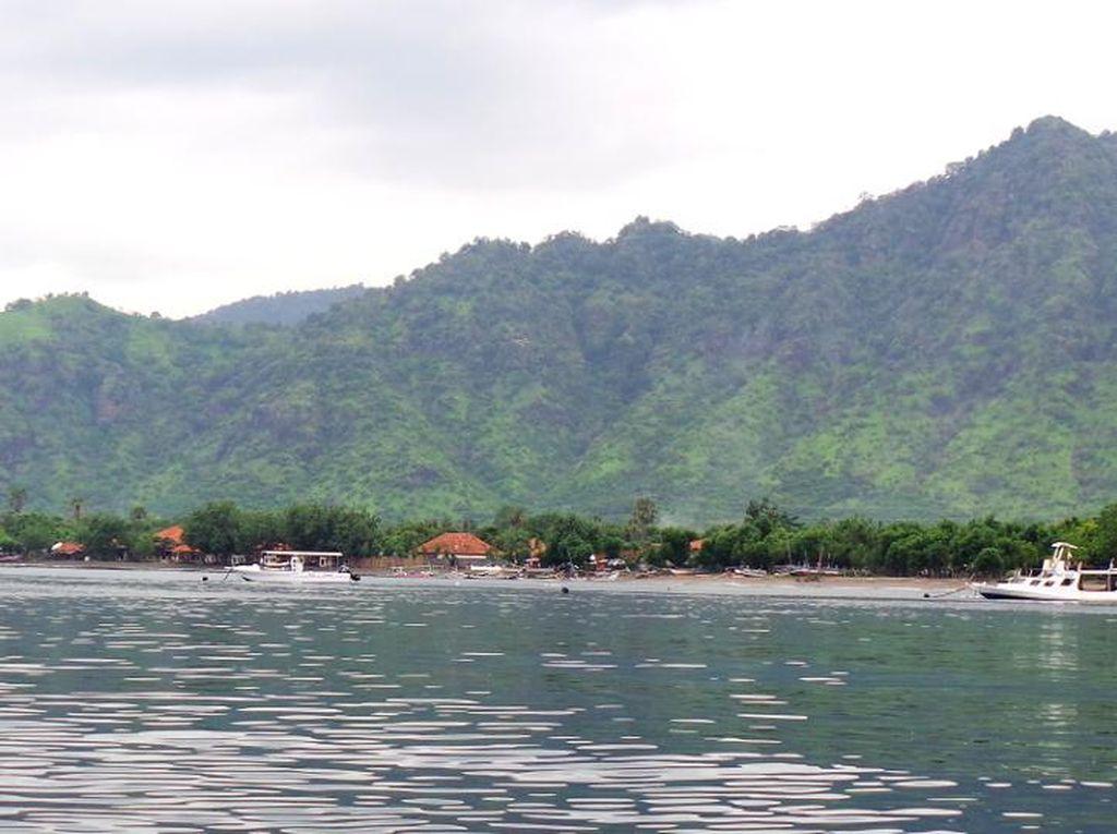 Pemuteran yang Cantik & Eksotis di Bali Barat