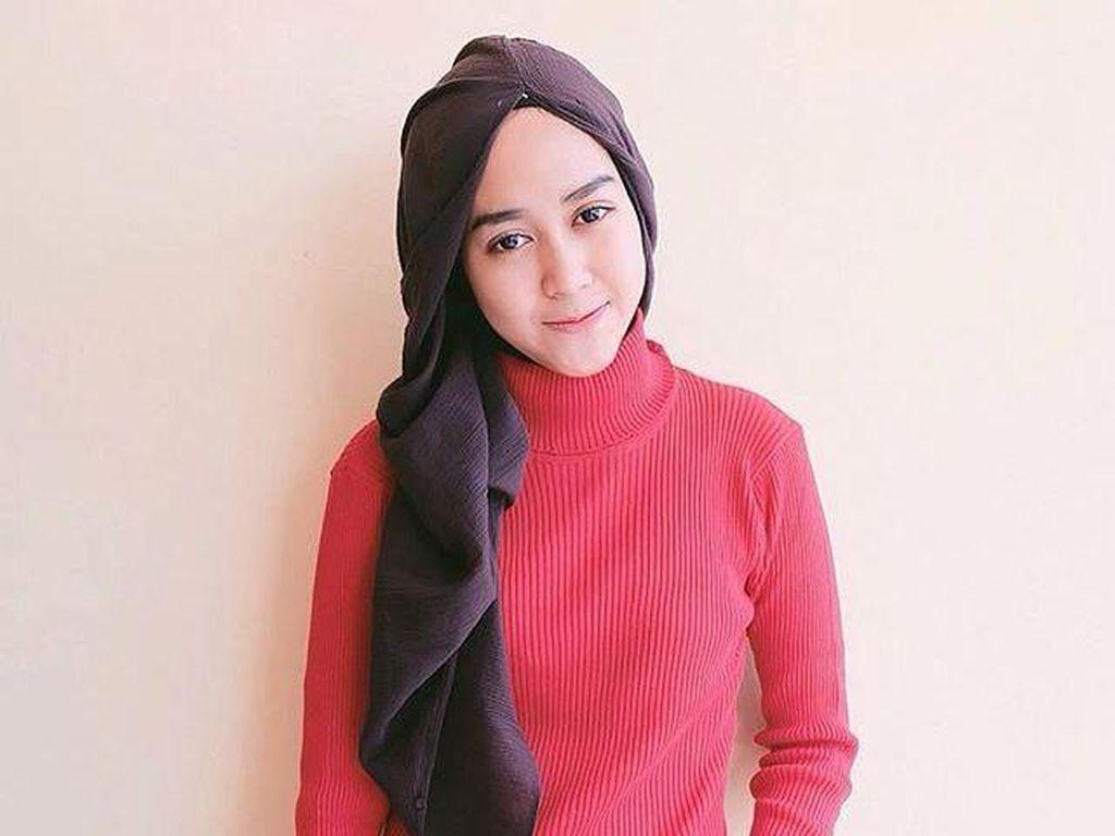 Foto: Tren Jilbab Khas Hana Tajima yang Jadi Favorit Selebgram Indonesia