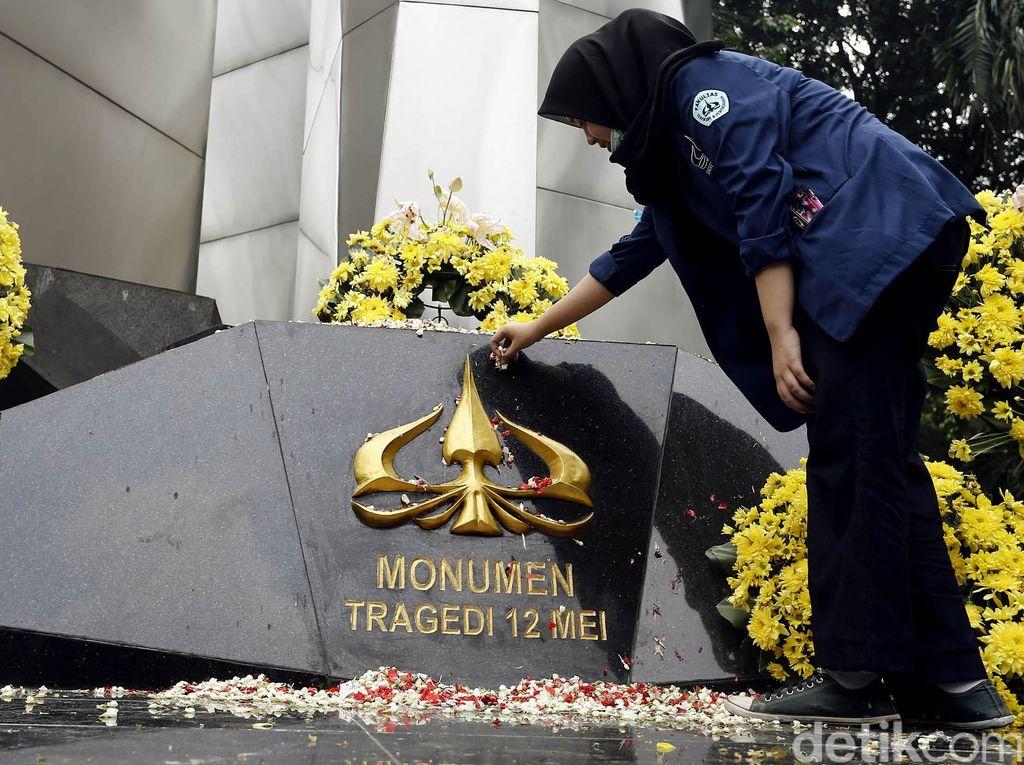 Eks Aktivis Trisakti Desak Jokowi Tuntaskan Tragedi 12 Mei 98