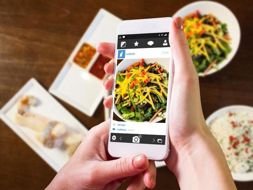 Klinik di Inggris Peringatkan Bahwa Media Sosial Bisa Picu Gangguan Makan