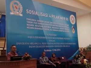 Ketua MPR Ajak Mahasiswa Unair Bermimpi Jadi Pengusaha, Politikus hingga Presiden