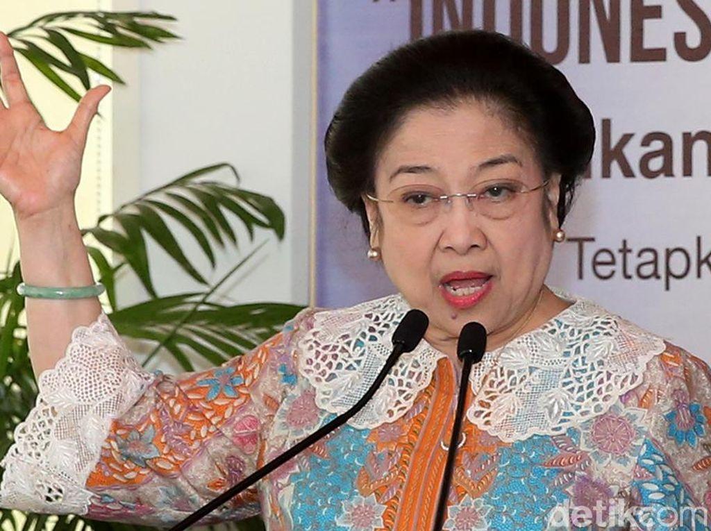 Megawati Dapat Penghargaan Lencana Tunas Kencana dari Pramuka