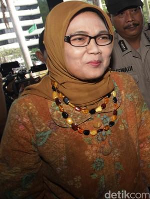 Sekjen DPR Beberkan Gaji Budi Supriyanto dan Andi Taufan Tiro