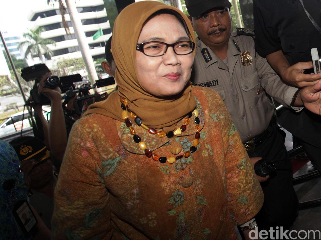Sekjen DPR: Permintaan Fadli Zon Wajar, Sekadar Pemantauan untuk Putrinya