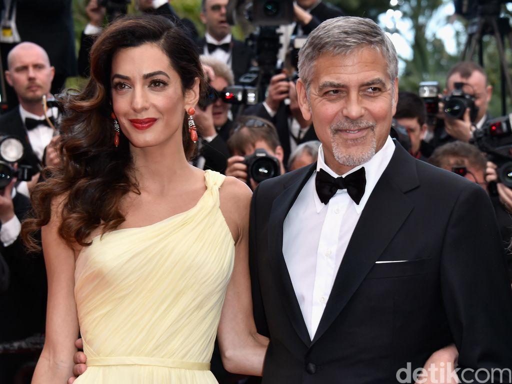 George Clooney Akhirnya Buka Suara Soal Kehamilan Kembar Sang Istri