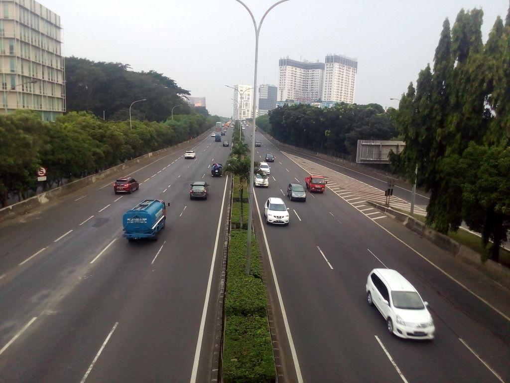 Hati-hati! Sejumlah Tutup Gorong-gorong di Tol JORR Hilang