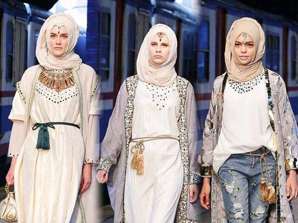 Foto: Karya 5 Desainer Hijab Indonesia Eksis di Istanbul Modest Fashion Week