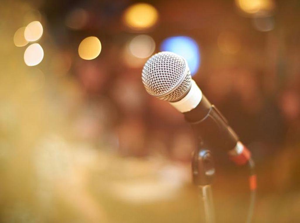 Terlalu Keras Bernyanyi saat Karaoke, Pembuluh Darah Wanita Ini Pecah