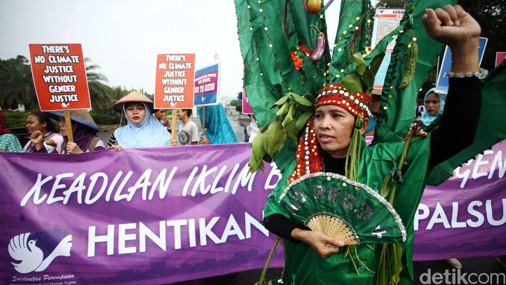 Solidaritas Perempuan Aksi di Istana