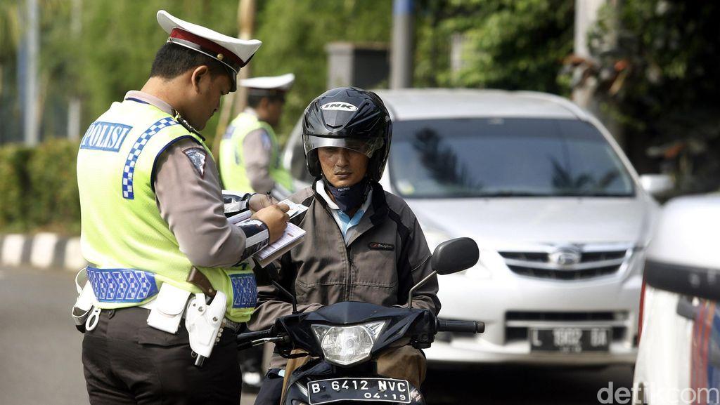 Operasi Patuh Jaya di Senayan