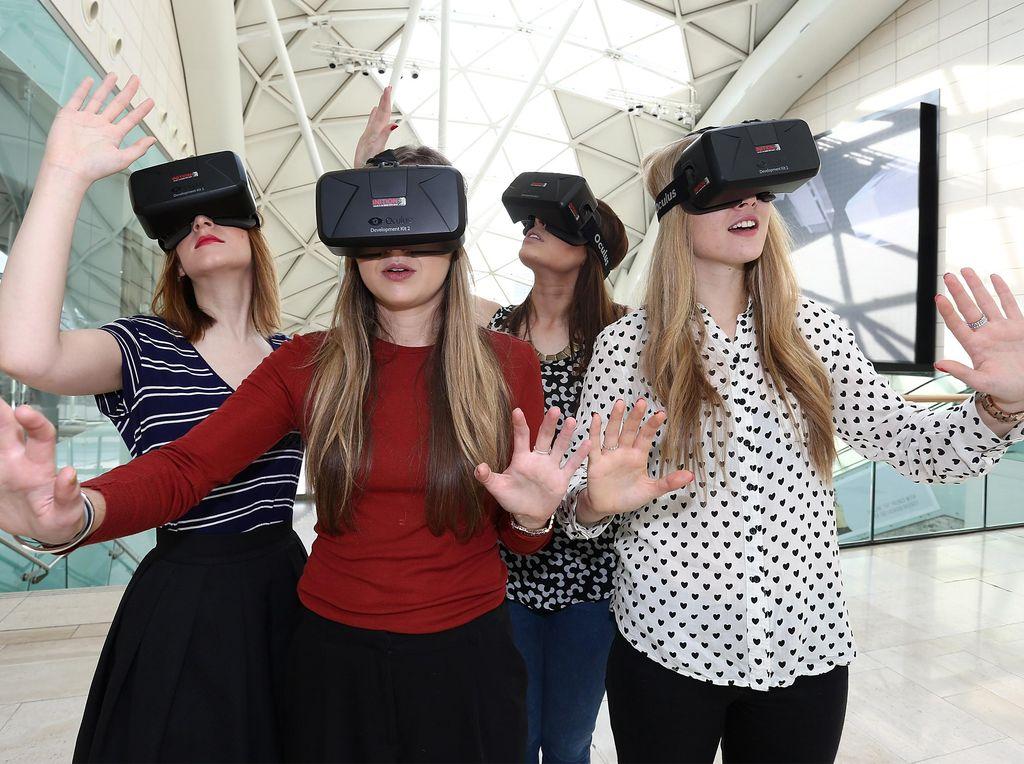 Mahal, Kacamata VR Dicampakkan