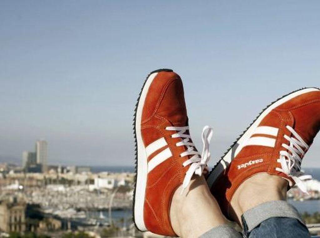 Kelainan Seks, Pria Ini Curi 70 Pasang Sepatu Cuma untuk Diendus!
