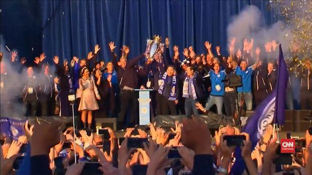 Leicester City untuk kali pertama menjadi juara Liga Inggris.