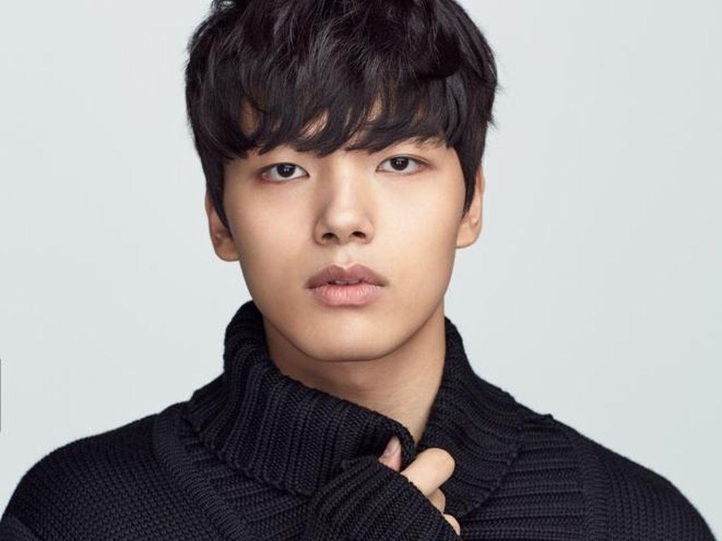 Yeo Jin Goo Ingin Pacaran Tapi Belum Kesampaian