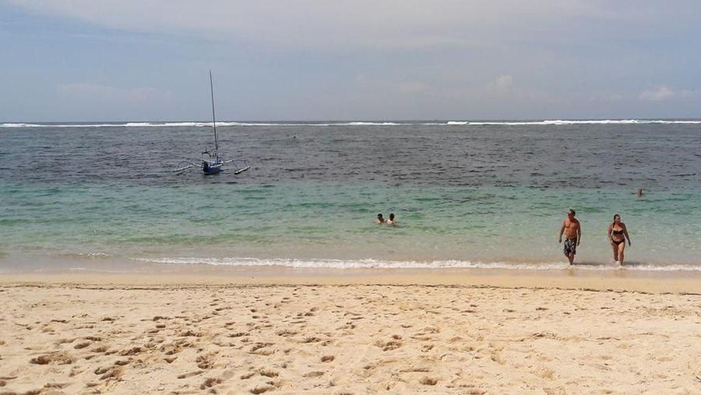 Pantai Sepi Tempat Bule Berjemur di Nusa Dua, Bali