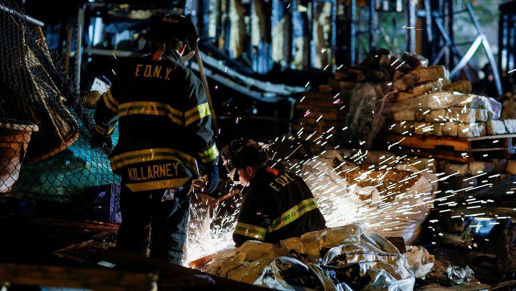 Ada Kebakaran, Kereta Metro New York Terganggu