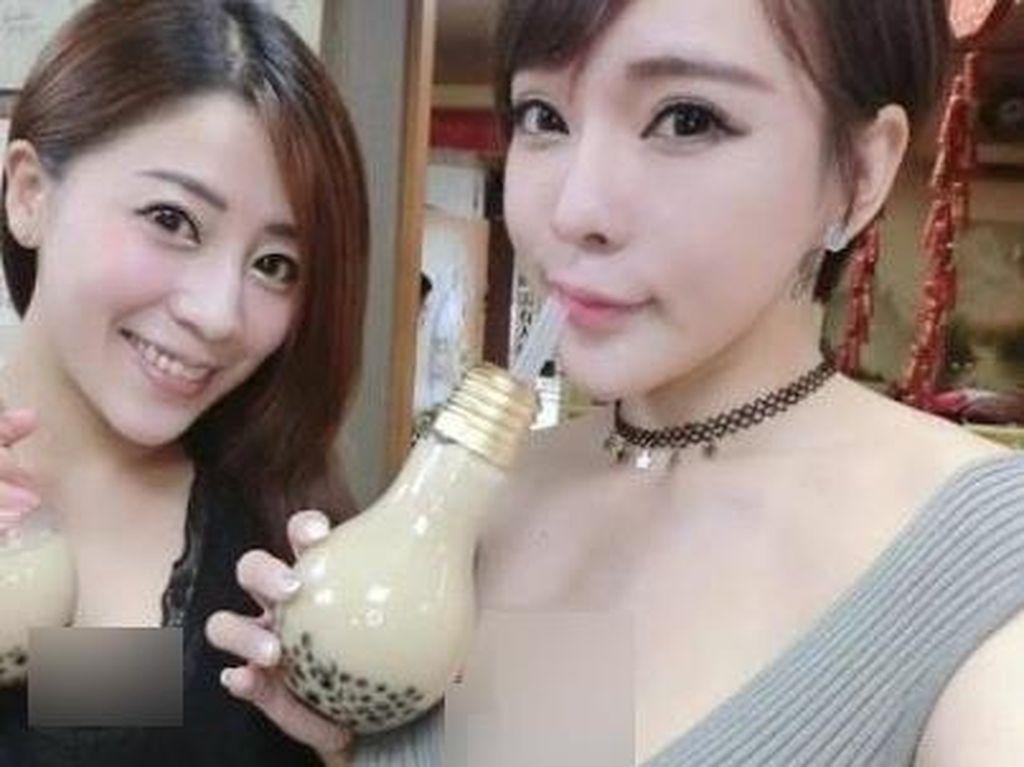 Alamak, Pelayan Kafe di Taiwan Ini Terlalu Seksi