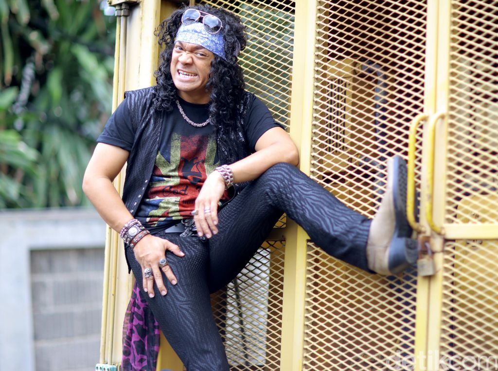 Candil in The Rockalisasi, Band Baru Candil yang Seperti Bon Jovi