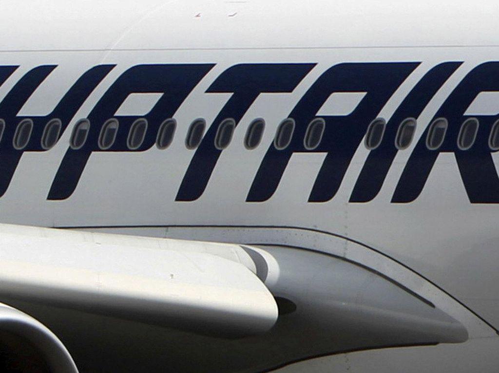 Lahir di Pesawat, Bayi Ini Dikado Tiket Terbang Seumur Hidup