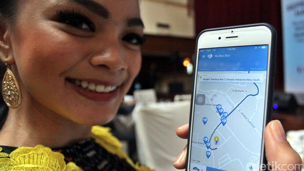 Blue Bird Perbarui Aplikasi Pemesanan Taksi