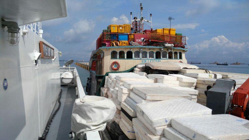 Bakamla Tangkap Kapal Pengangkut Aspal