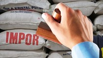 Harga Tebu Bisa Anjlok Gara-gara Swasta Boleh Impor Gula