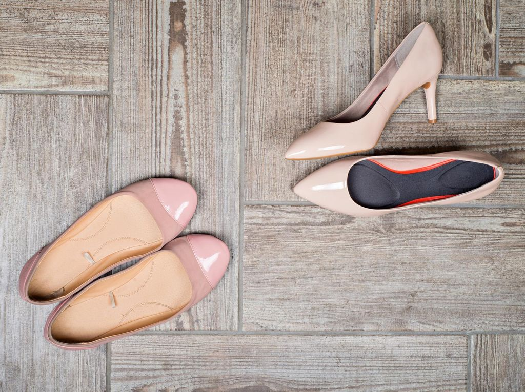 Dari Kapalan Hingga Infeksi Jamur: 4 Efek Pakai Sepatu Kesempitan