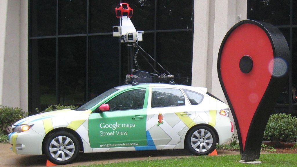 Ramai di Medsos, Ibu Jatuh dari Motor Terekam Google Street View