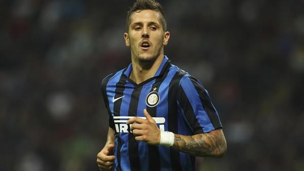 Sevilla Pinjam Jovetic dari Inter