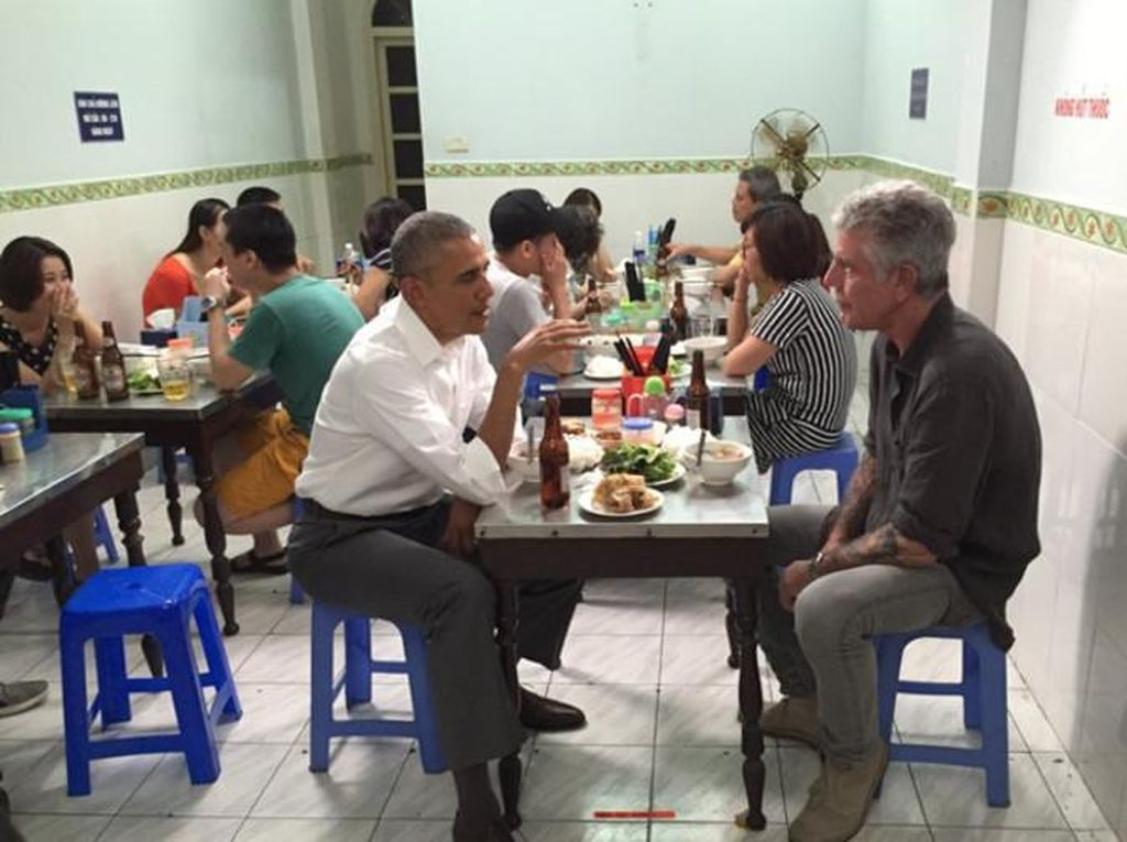 Kini Tersedia Paket Wisata Kuliner Napak Tilas Perjalanan Anthony Bourdain di Vietnam