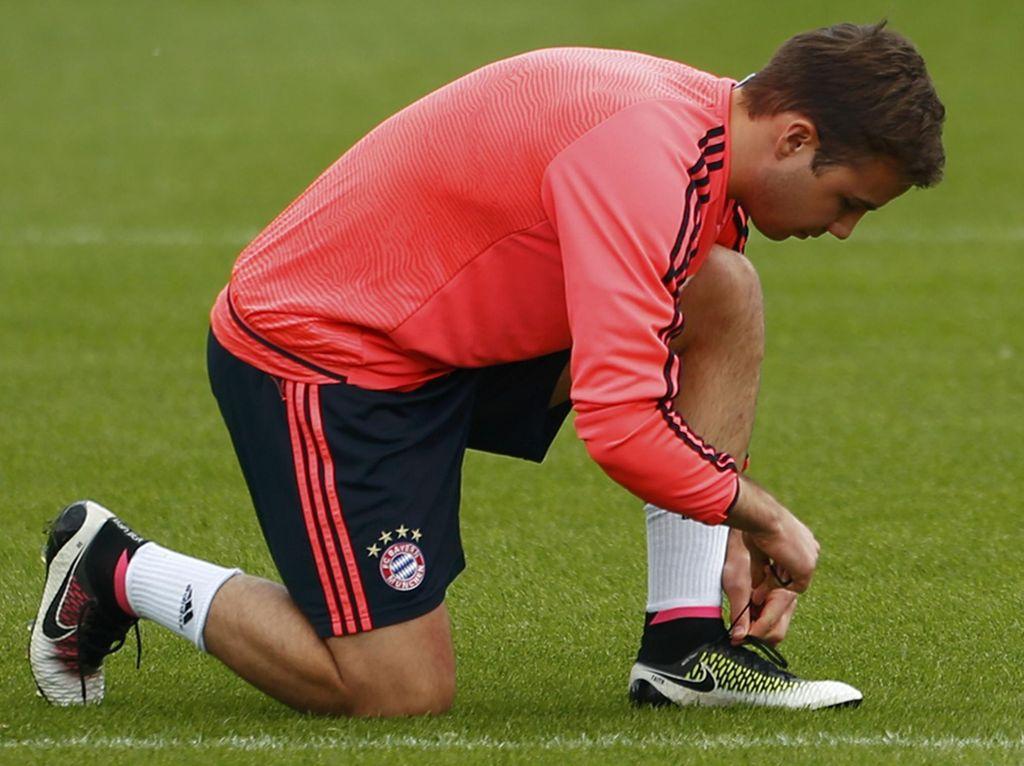 Goetze Diklaim Selangkah Lagi Kembali ke Dortmund
