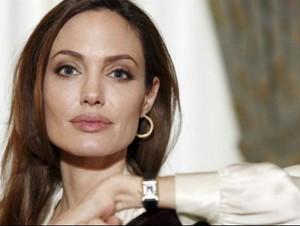 Angelina Jolie-Pitt Diangkat Jadi Guru Besar di London School of Economics
