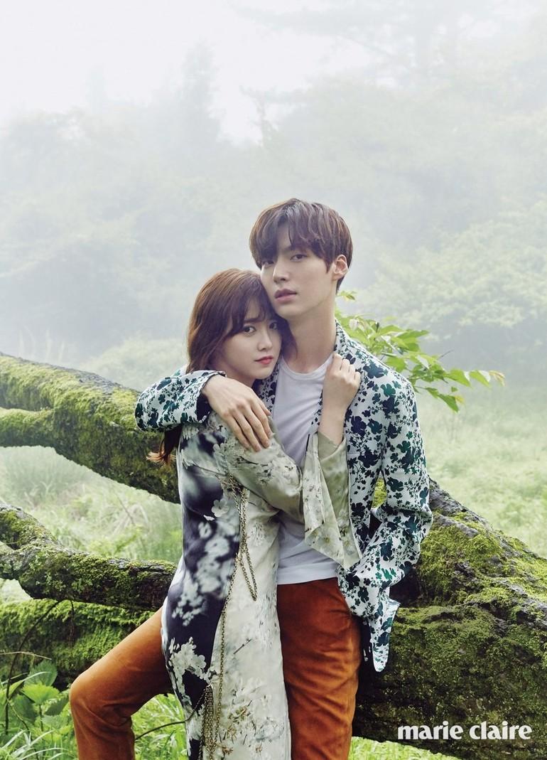 770 Koleksi Foto Foto Romantis Artis Korea Terbaru