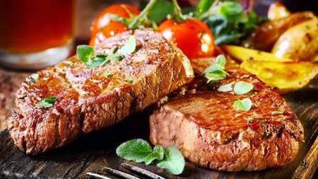 Mumpung Tanggal Muda, Yuk, Bikin Steak Enak Buat Keluarga!