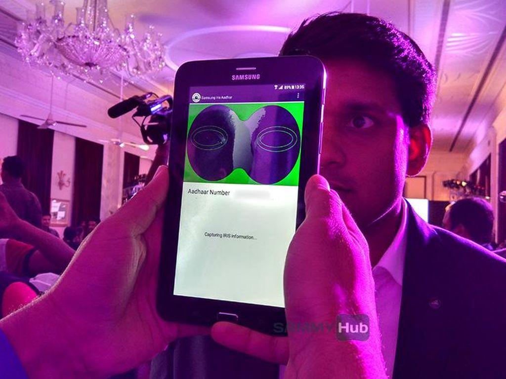 Samsung Sodorkan Pemindai Mata Galaxy Tab Iris