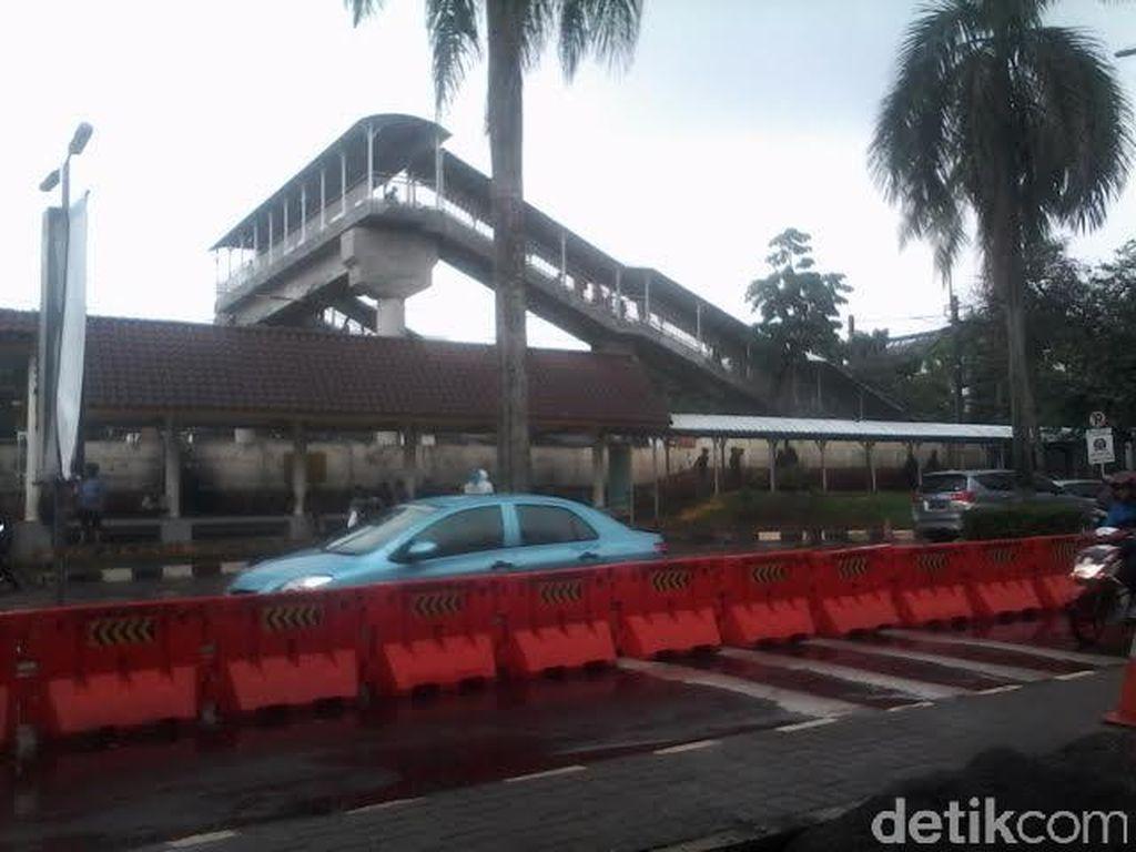 Dishub DKI Pernah Ajukan Sambung 2 JPO di Stasiun Tanjung Barat Tahun 2015