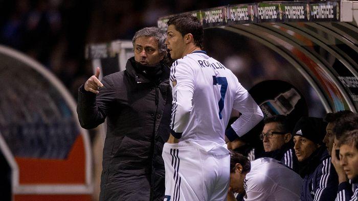 Cristiano Ronaldo dikabarkan mengajukan Jose Mourinho untuk melatih Juventus di musim depan. (Foto: Gonzalo Arroyo Moreno / Getty Images)