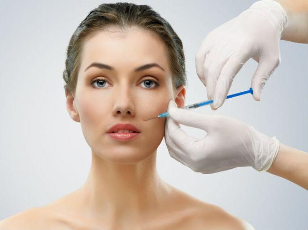 Demi Pekerjaan Jadi Alasan Wanita Rela Suntik Botox di Wajah