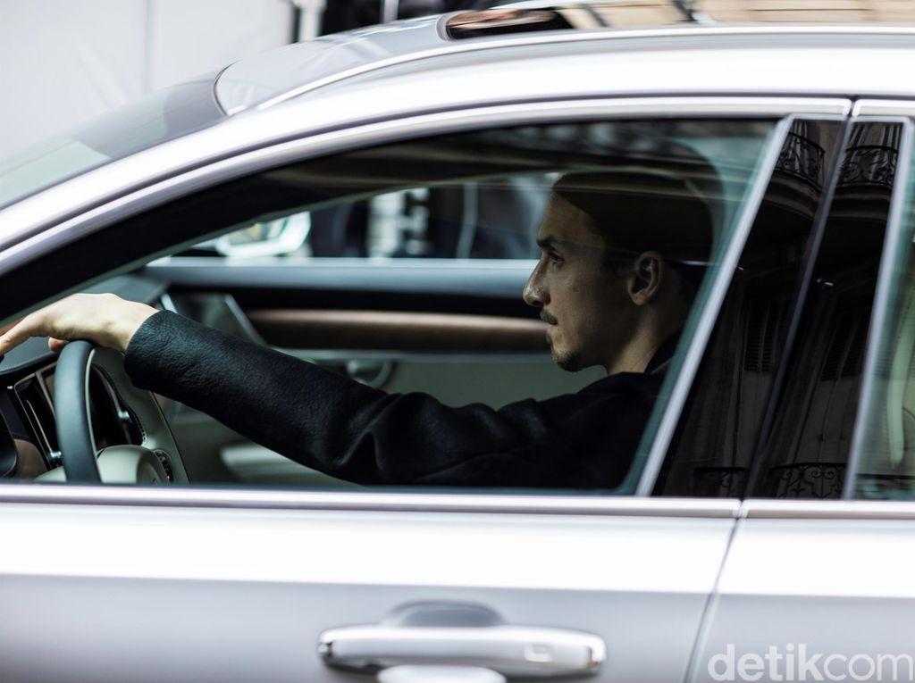 Zlatan Ibrahimovic, Bintang Volvo V90