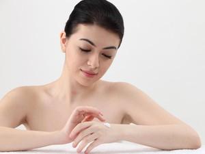 Dermatologist Ungkap 6 Tanda Kulit Mengalami Penuaan Dini
