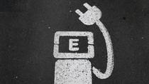 Terobosan Baru, Ngecas Mobil Listrik dalam Hitungan Menit