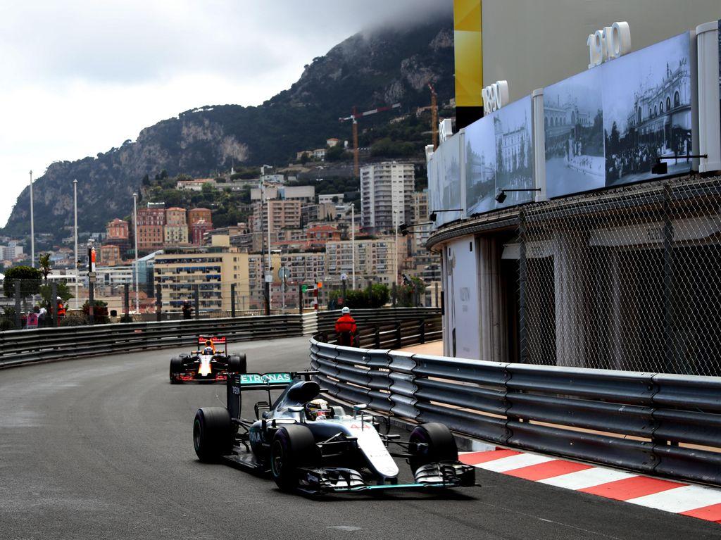 Hamilton Menangi GP Monako, Rio Finis Urutan 15