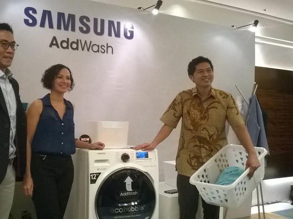 Ketika Smartphone Mudahkan Urusan Cuci Pakaian