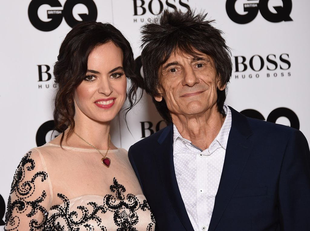 Viral Gitaris Rolling Stones ke BRIT Awards Naik Kereta Bawah Tanah